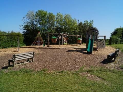 Woolfardisworthy Primary School play project