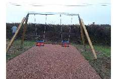 TeKo wooden swing